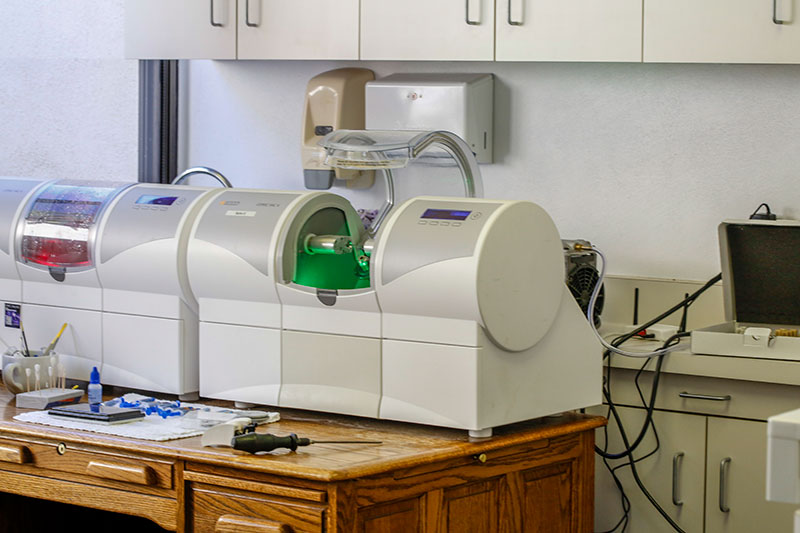 Machine used to manufacture a CEREC crown in the office for same day service